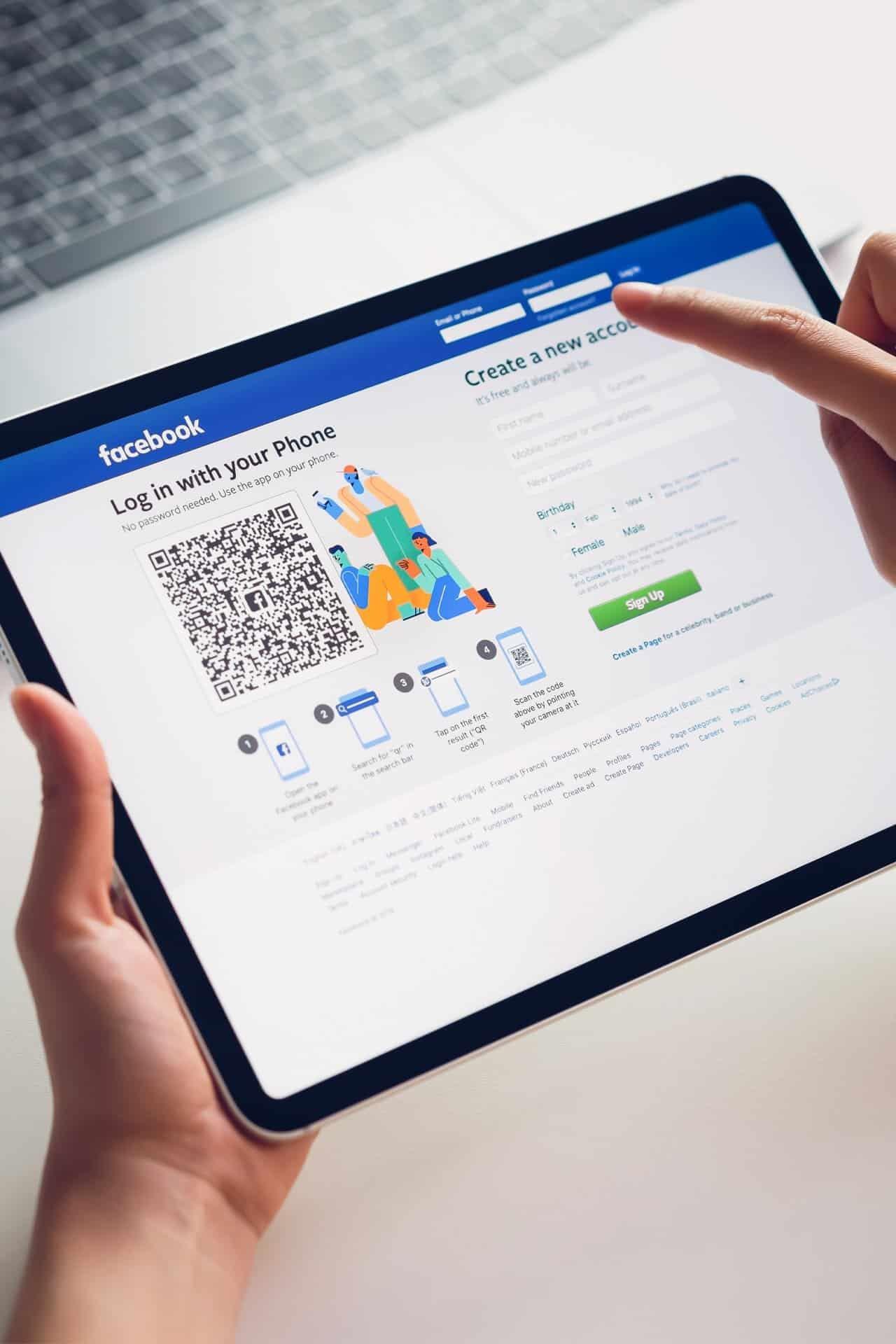 facebook barra navigazione
